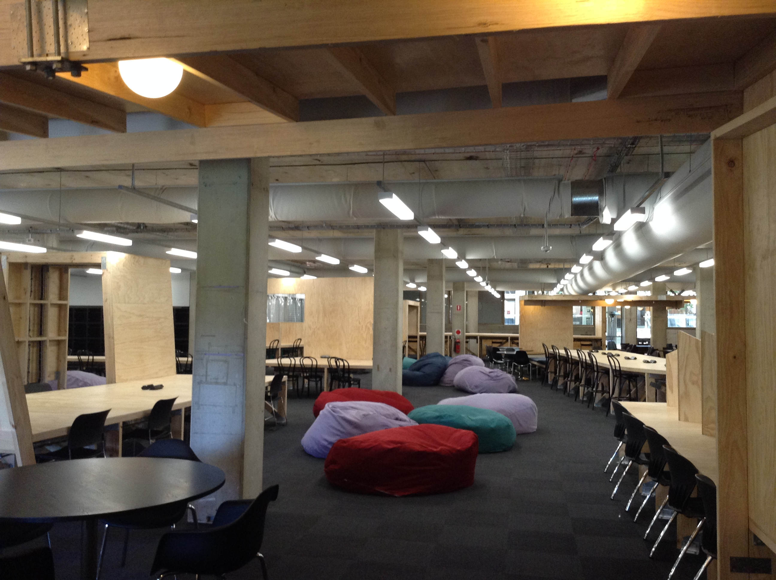 Insight for schools: Trends in university learning space design, big shift from lectures to collaborative learning